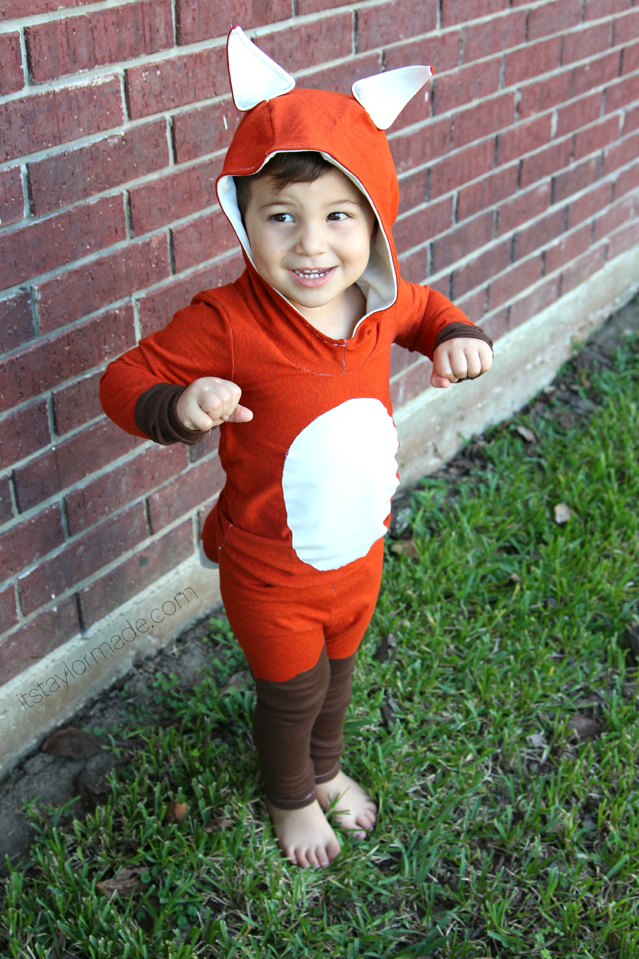 Fox costume taylormade for Easy toddler boy halloween costumes