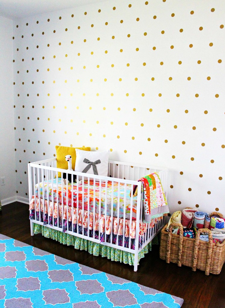 patterned dot wall
