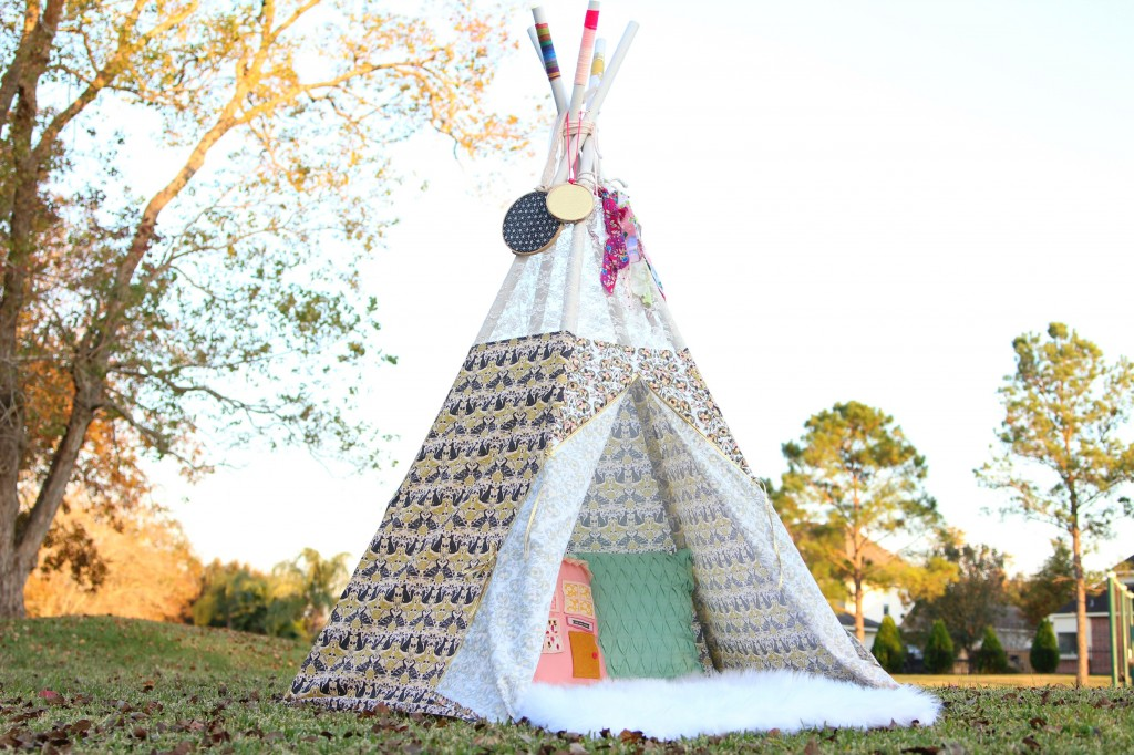 DIY TeePee with Forest Fables Fabric